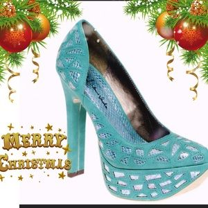 Michael Antonio Rey Teal Pumps